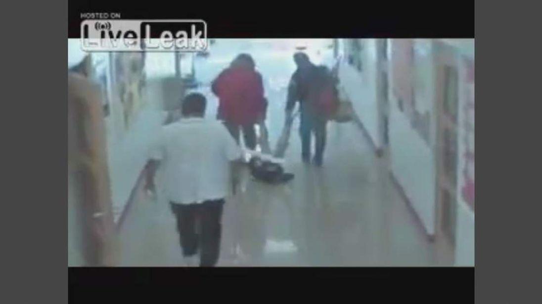 CCTV teachers drag blind student by the ankles in a Santa fe school