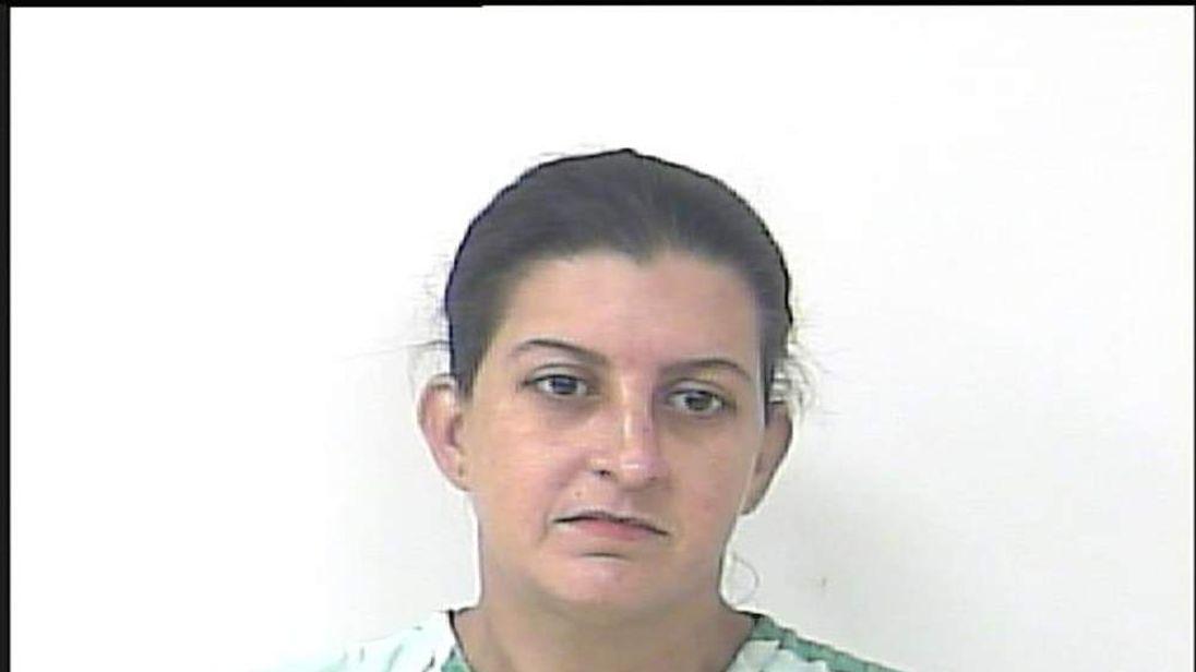 Nicole Gainey (police booking photo)