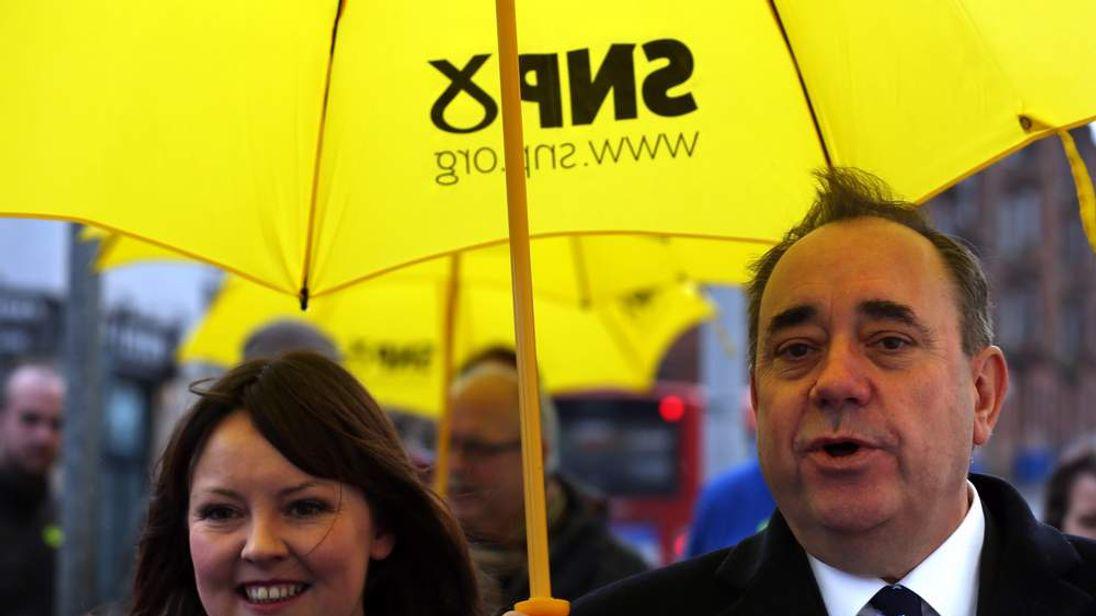 Natalie McGarry with former leader Alex Salmond