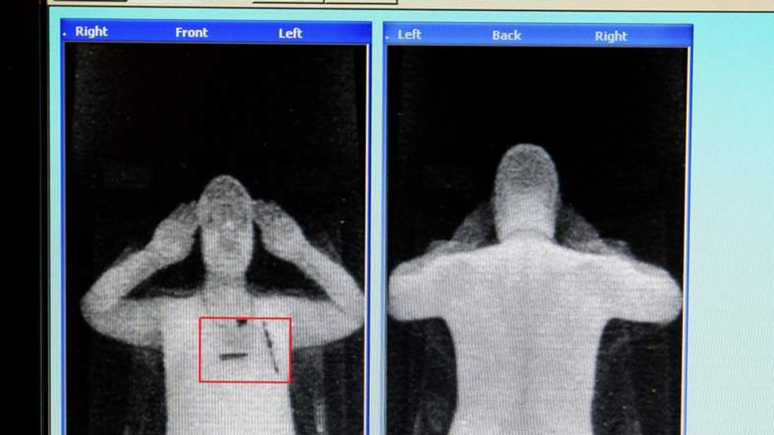 X ray scanner trial at Manchester Airport