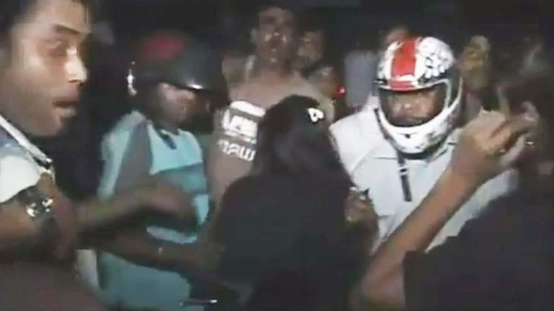 Gang rape in India filmed by Farhan Kabir (YouTube)