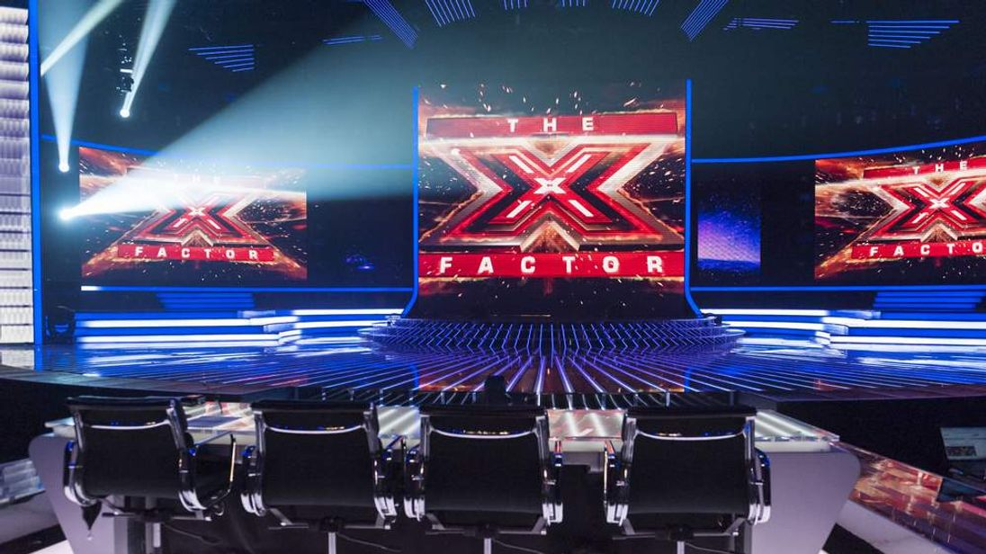 'The X Factor' TV Programme,London, Britain  - 17 Nov 2012