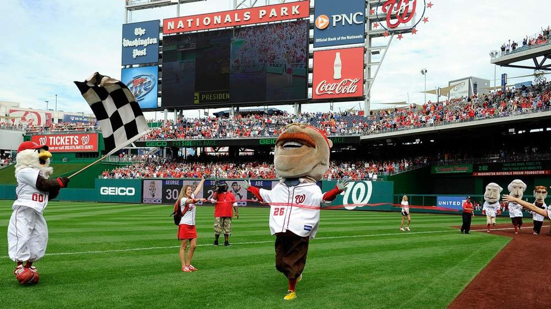 Washington Nationals mascot Teddy Roosevelt wins the president's race