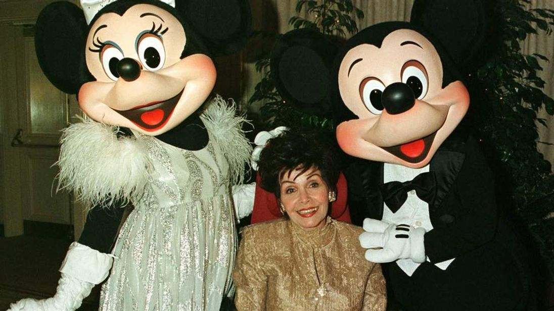 ANNETTE FUNICELLO IN 1997