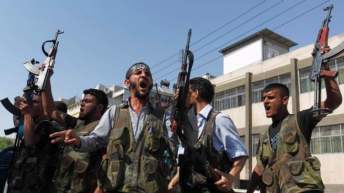 Free Syrian Army members
