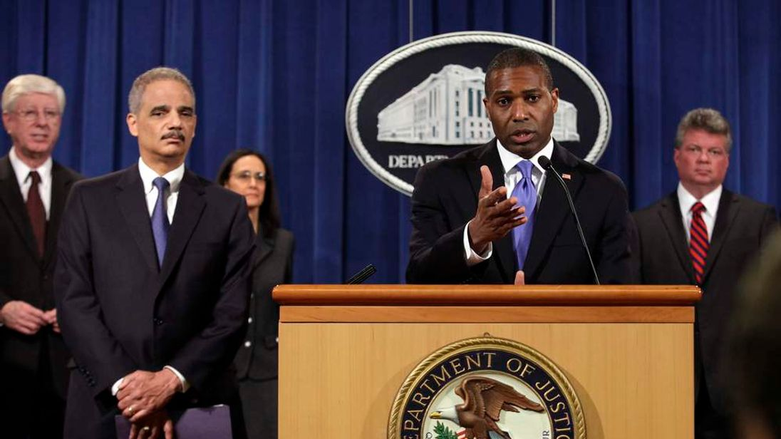 US Acting Associate Attorney General West with Attorney General Eric Holder (L)