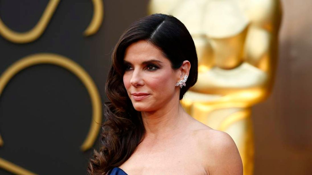 Sandra Bullock at the 86th Academy Awards