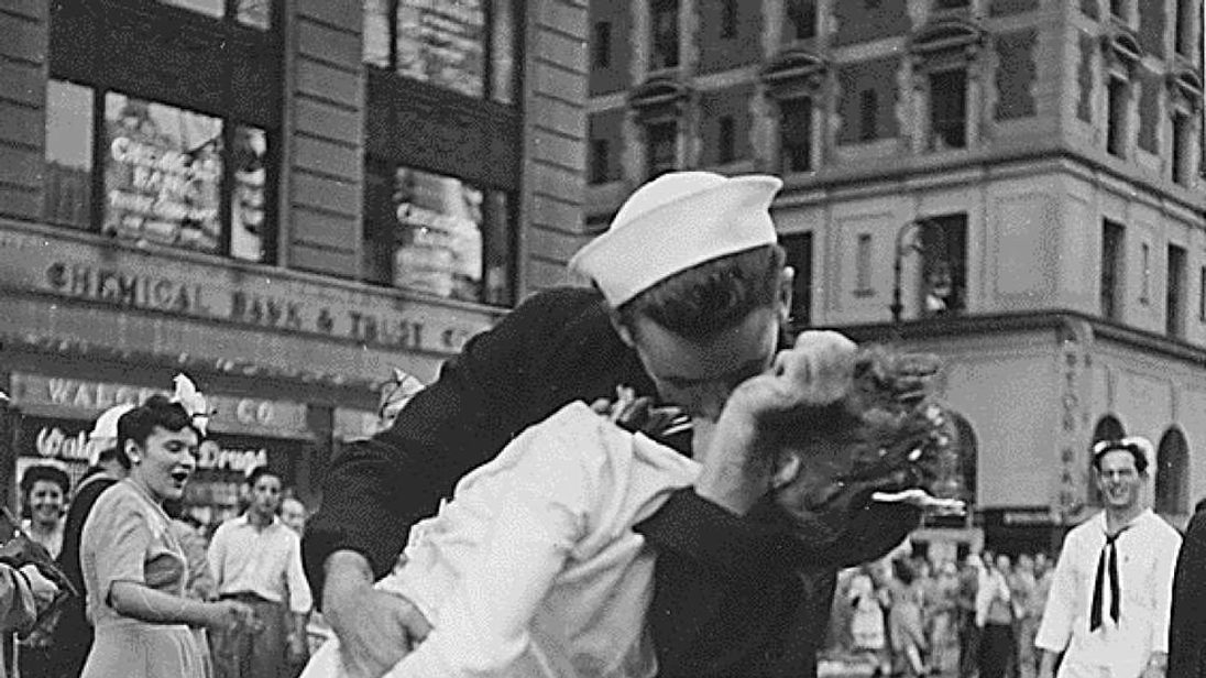 U.S. Navy sailor Glenn Edward McDuffie kisses a nurse in Times Square in an impromptu moment at the close of World War Two