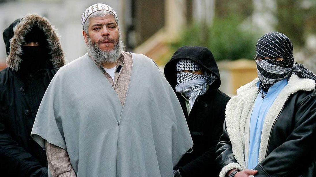 Abu Hamza picture taken on February 7, 2003