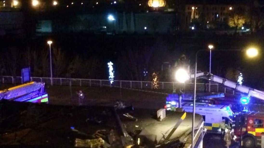 A police helicopter has crashed into a Glasgow pub (Pic: Rupert Morris)