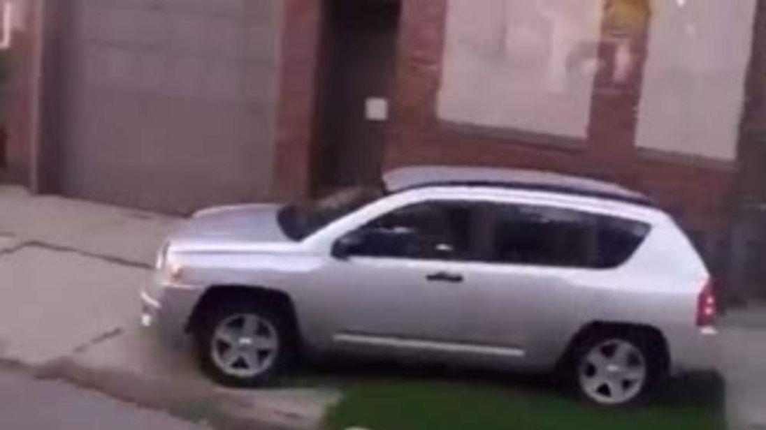 Shena Hardin Sidewalk driver screen grab