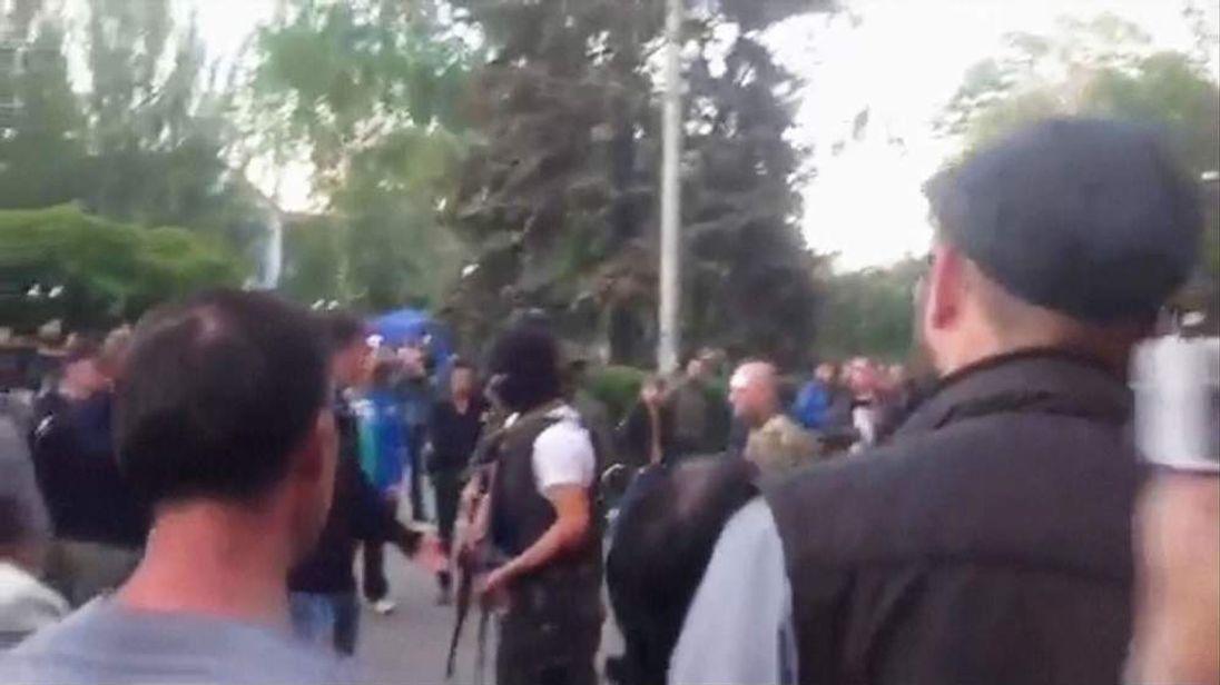 Ukraine government forces in Krasnoarmeisk