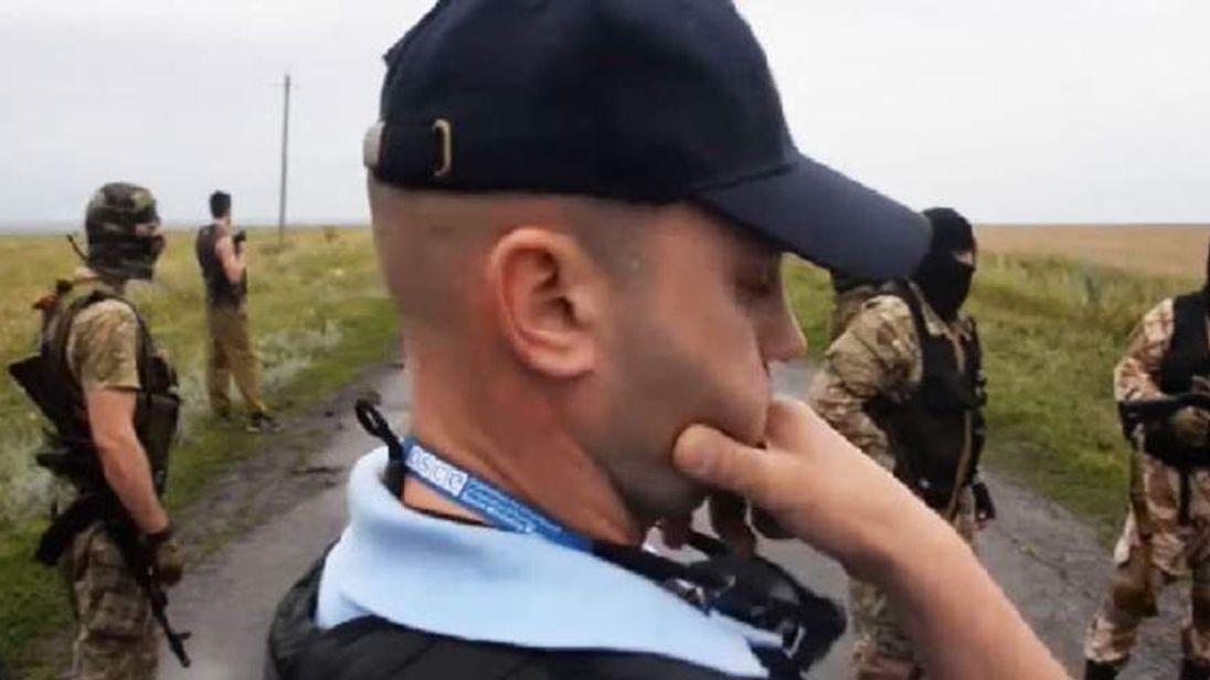 OSCE member at crash scene