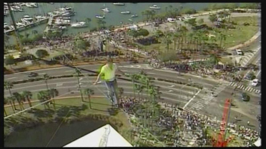 Nik Wallenda In Florida Tightrope Walk