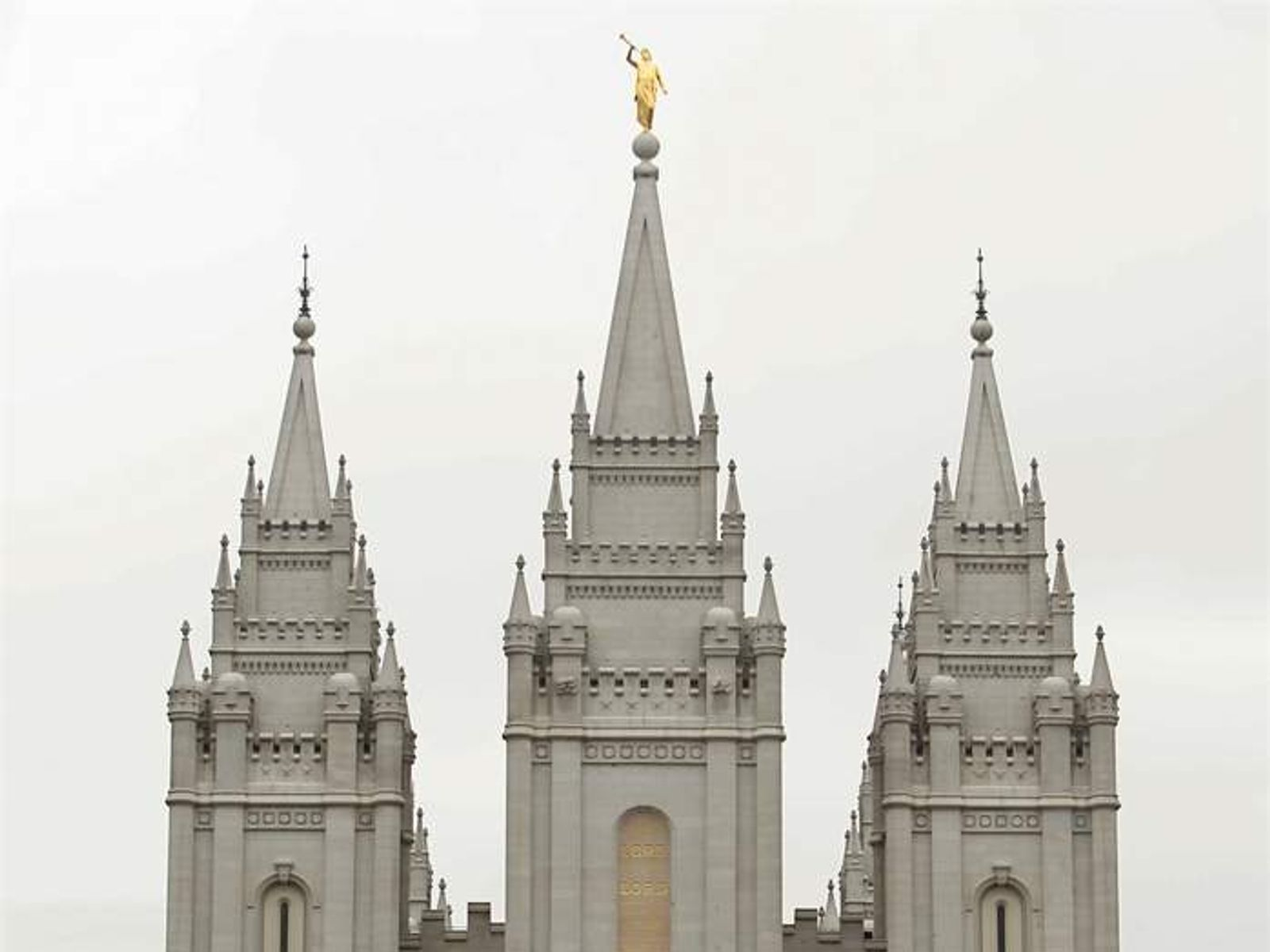 state and church during the mormon wars With mormons making up nearly seven-tenths of the state's population, the beliefs and traditions of the mormon church continue to exert profound influences on many facets of the state's life and institutions.