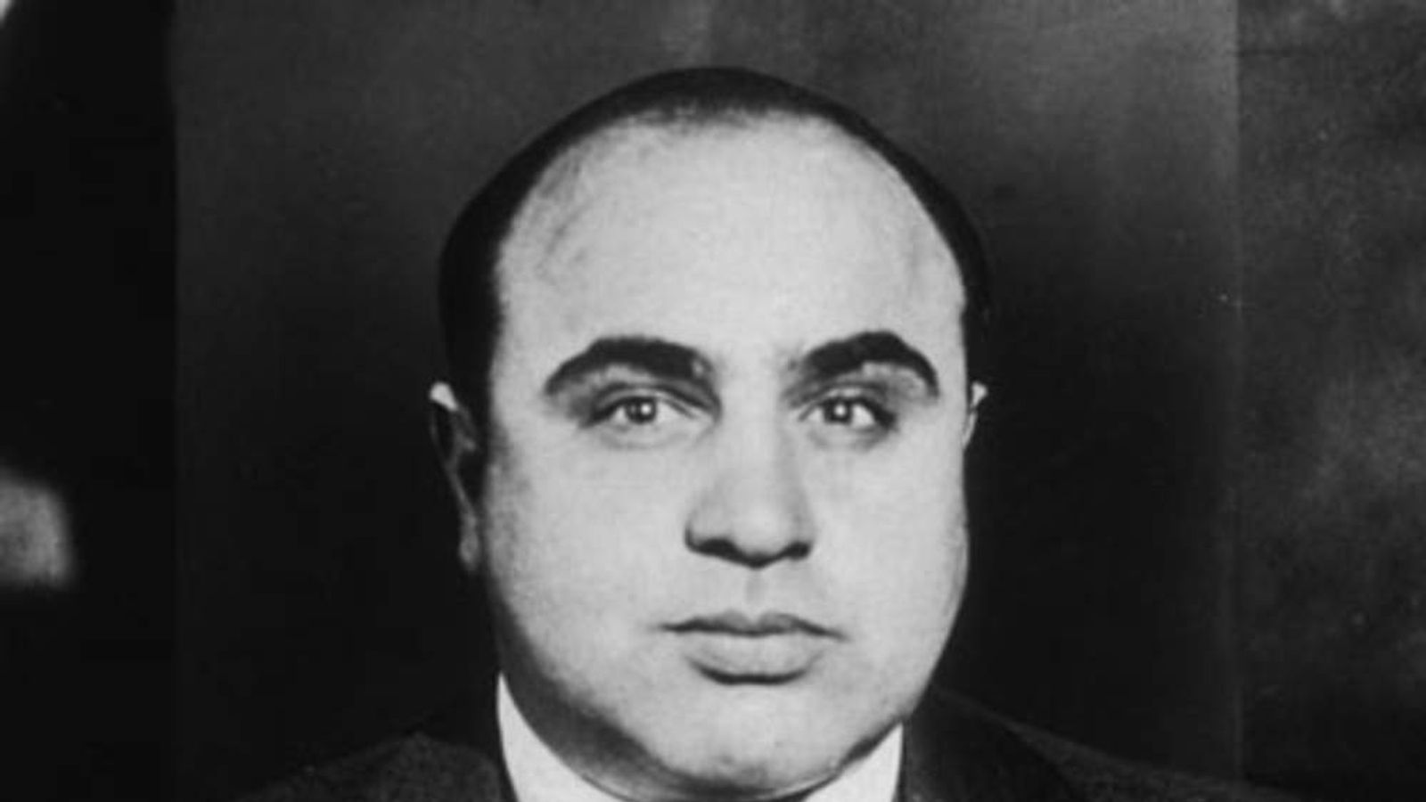 a biography of al capone an organized crime boss Biography of al capone, chicago crime boss during prohibition when one thinks of the city of chicago, ill the museums, hospitals, universities and present day inhabitants are seldom thought of instead, the organized crime gangs and their notorious bosses of some eighty years ago are most often brought to mind.