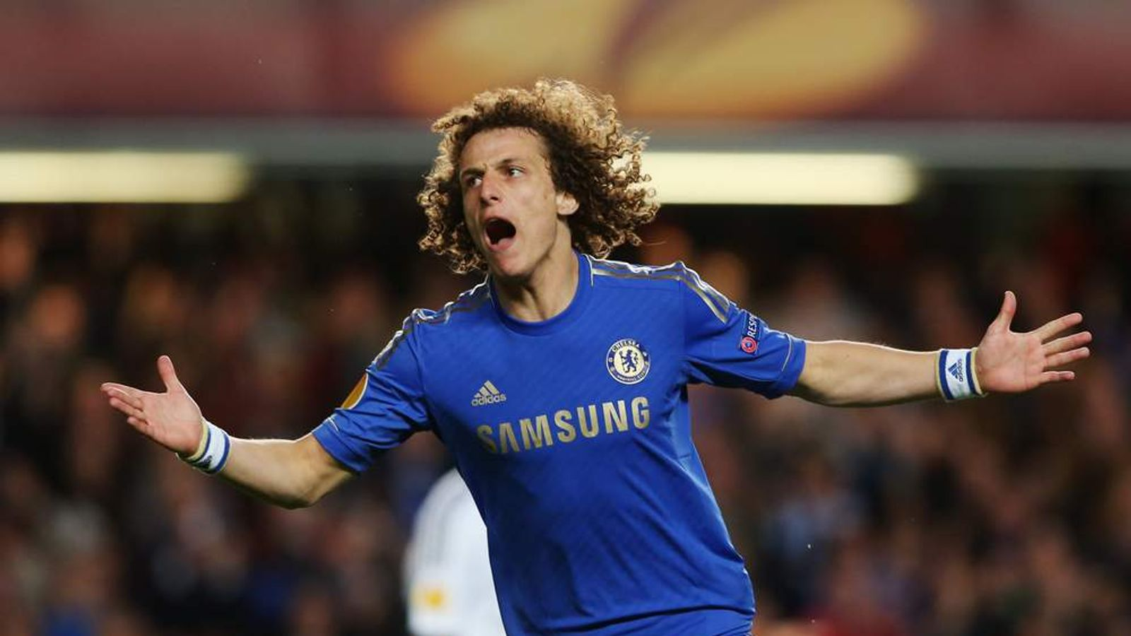 Chelsea agree fee to re sign David Luiz
