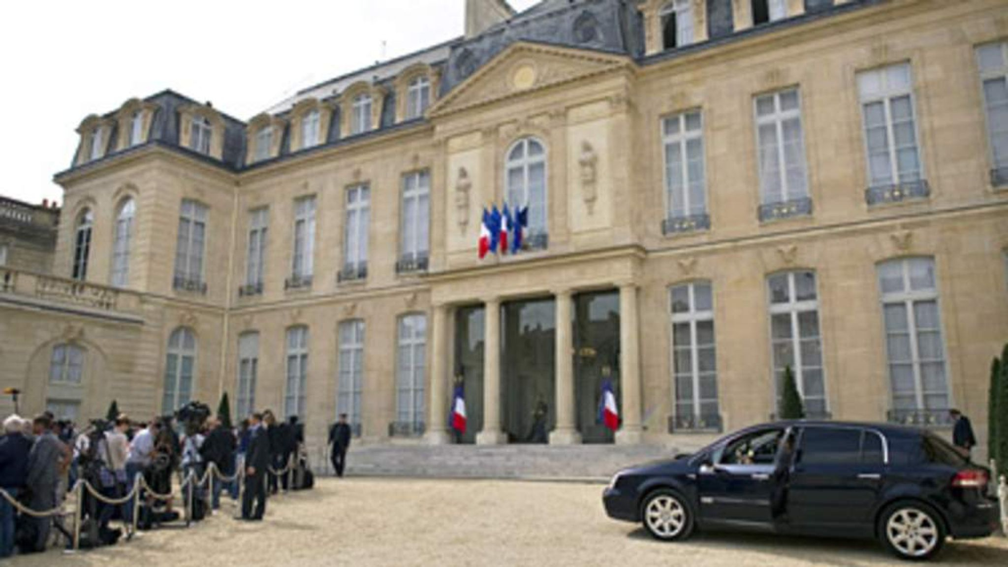 Elysee Palace Rammed By Theatre Director  World News  Sky News