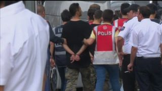 Turkey coup suspects arrive at Istanbul courthouse