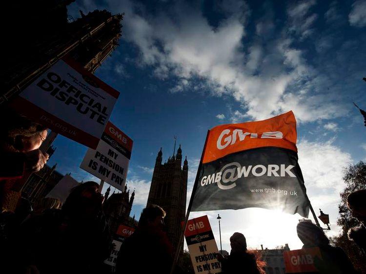 GMB trade union members demonstrating