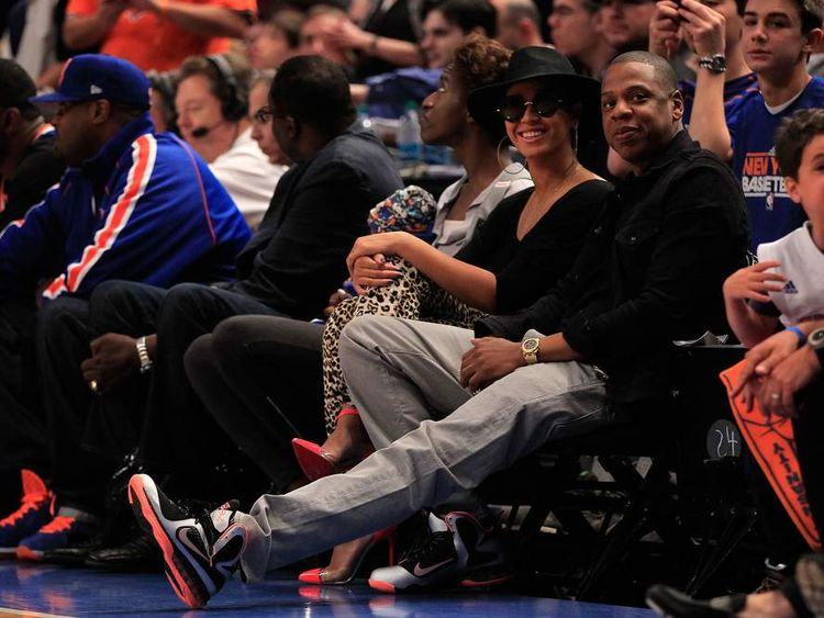 Beyonce and Jay-Z watch a Miami Heat v New York Knicks basketball game
