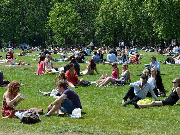 Hot day in Green Park, London