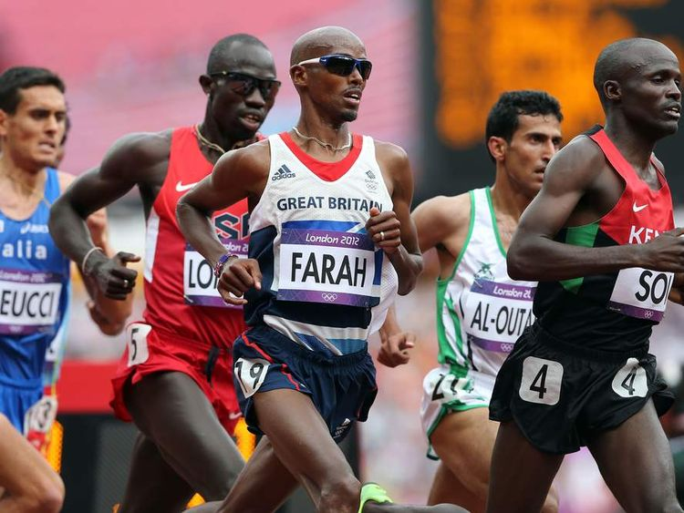 Mohamed Farah competes in the Men's 5000m round 1 heats