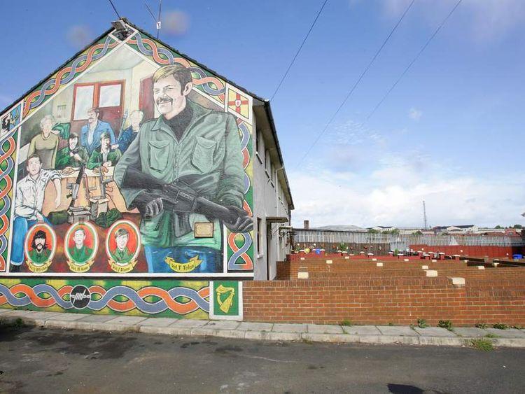 NIRELAND-BRITAIN-IRA-MURALS