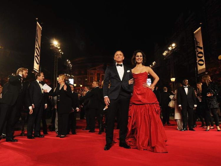 Daniel Craig And Berenice Marloh At Skyfall Premiere