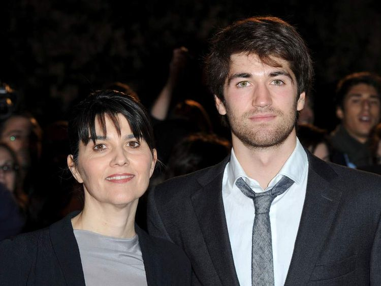 Maria Belon and her son Lucas at the premiere of The Impossible