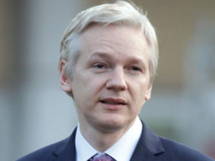 Julian Assange talking to the media after his first day in court