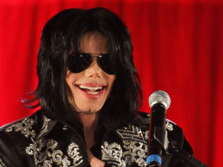 Michael Jackson announces tour at O2 Arena in March 2009