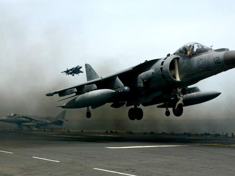War planes from the U.S.S. Bon Homme Richard continue flights in support of Operation Iraqi Freedom