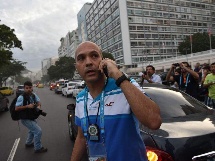Police officer outside Copacabana Palace Hotel