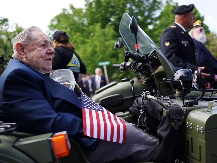 Fairfield Conn. Marks Memorial Day With Parade
