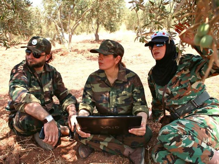Women join the fight against Assad