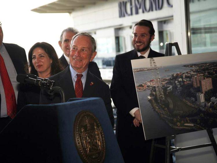 New York Mayor Michael Bloomberg unveils the ferris wheel plans