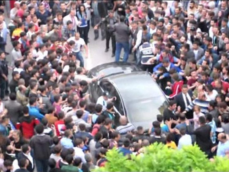 PM's car attacked in Soma
