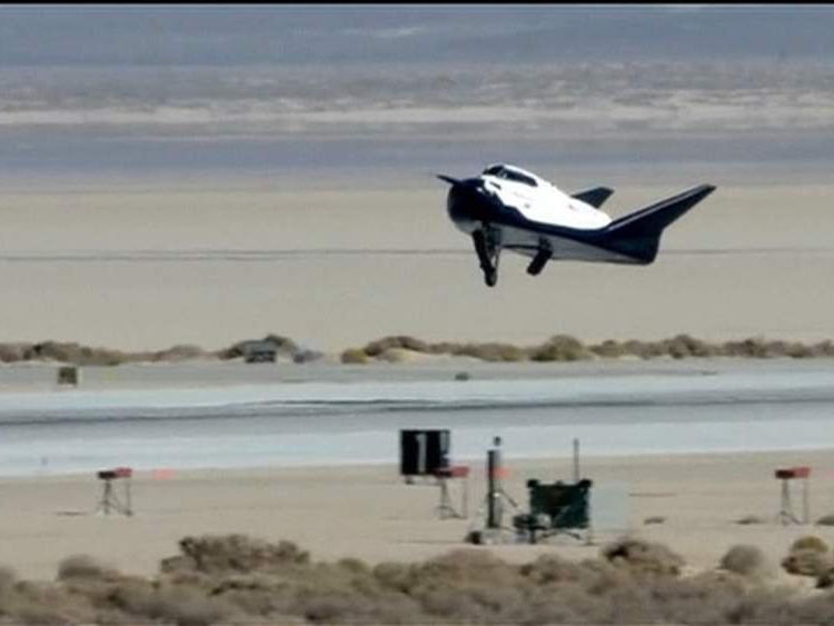 Test Flight Of Dream Chaser Space Taxi
