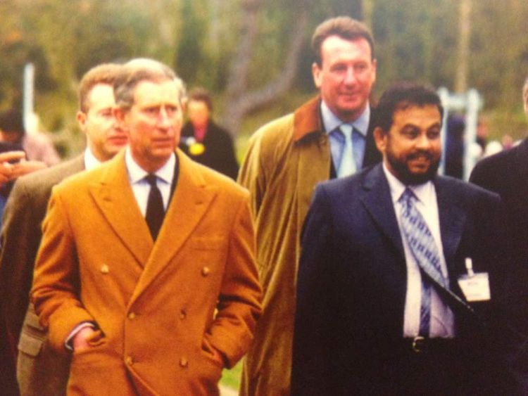 Chowdhury Mueen-Uddin meeting Prince Charles in Leicestershire in 2003