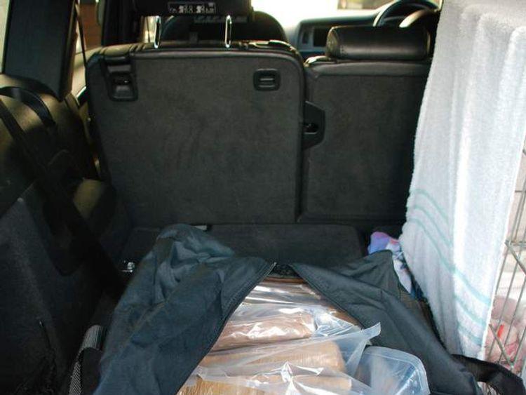 Drug smuggling gang jailed.