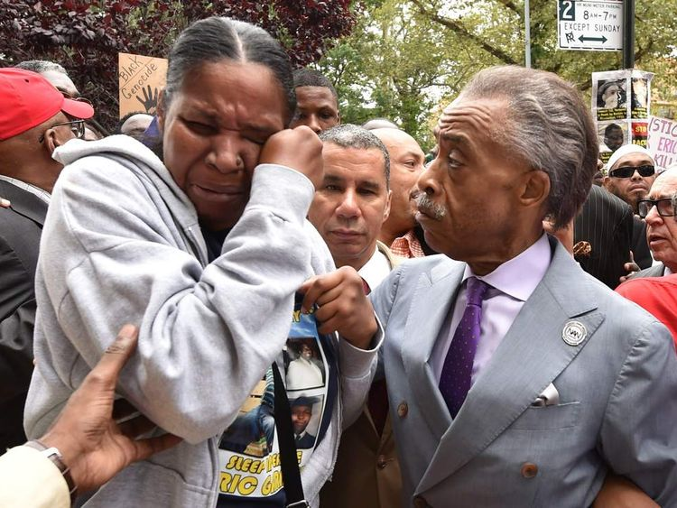 Esaw Garner, wife of Eric Garner, and Rev Al Sharpton during the rally