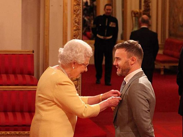 The Queen with Gary Barlow