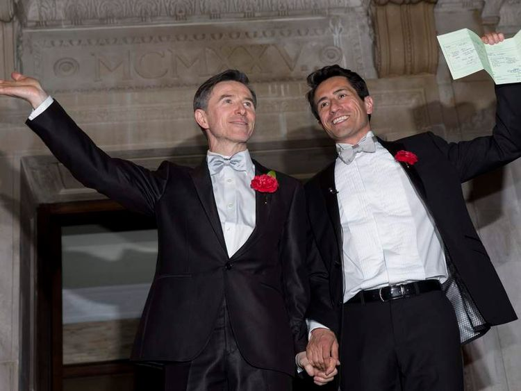 First Same-Sex Marriages Take Place From Midnight