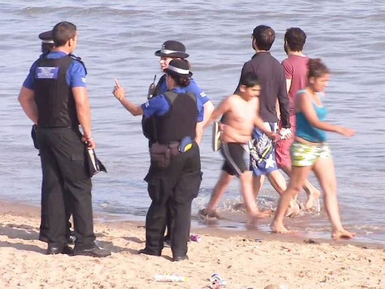 Search for missing girl on Barry Island, South Wales