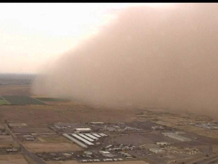 Arizona hit by dust storm