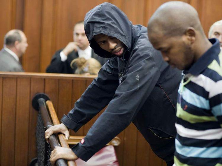 Xolile Mngeni (L) and Mziwamadoda Qwabe in court over Anni Dewani killing