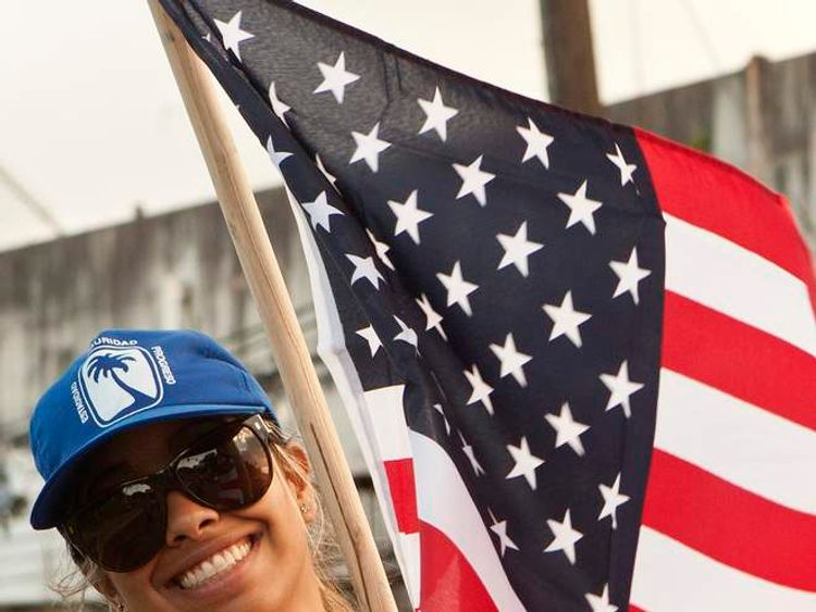 A Puerto Rican voter