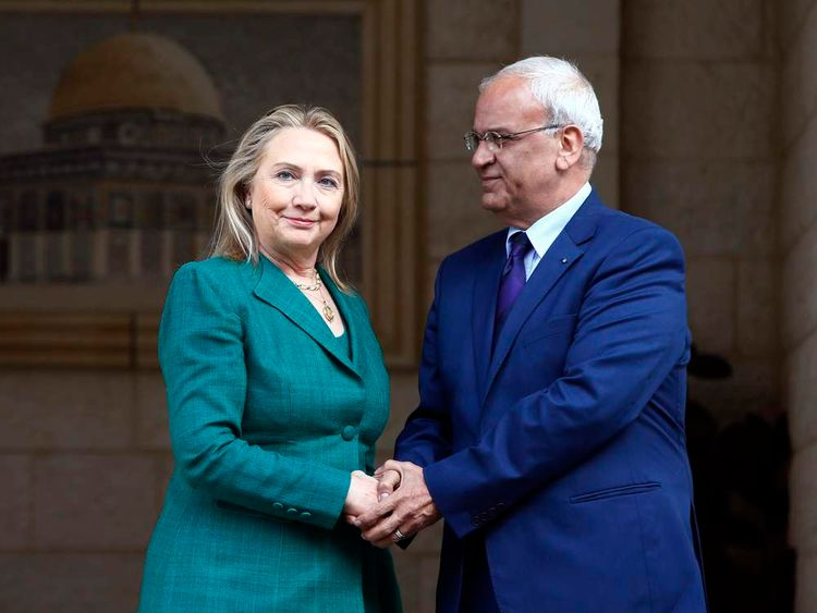Hillary Clinton meets Palestinian negotiator Saeb Erekat