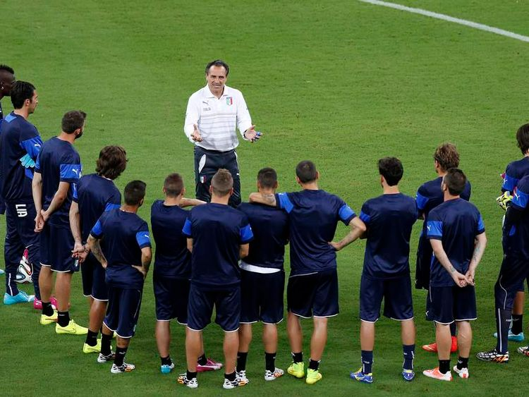 Italy's head coach Prandelli gives instructions to his players during a team training session at the Arena da Amazonia stadium in Manaus